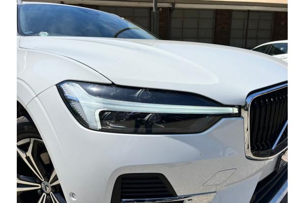 2022 Volvo XC60 UZ B5 Momentum Suv Image 2