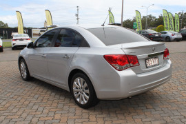 2014 Holden Cruze Vehicle Description. JH  II MY14 Z Series SED SA 6sp 1.8i Sedan Image 5