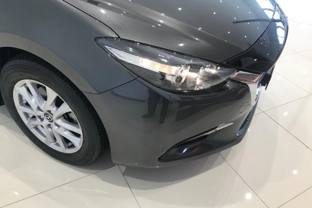 2017 Mazda 300lah5m MAZDA3 L 1 Hatch Image 2