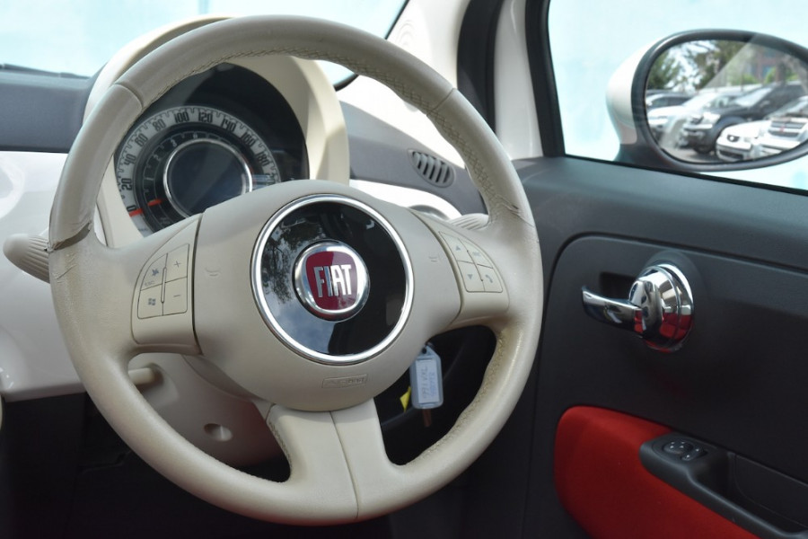 2008 Fiat 500 Vehicle Description.  1 Pop Hatchback 3dr Man 6sp 1.4i Pop Hatchback Image 9