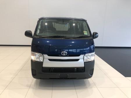 2017 Toyota Hiace TRH201R Lwb van Image 3