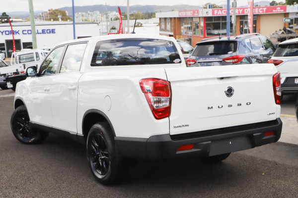 2021 MY20.5 SsangYong Musso Q200 Ultimate Utility Image 2