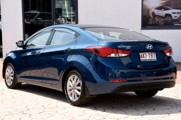 2013 MY14 Hyundai Elantra MD3 Trophy Sedan Image 3