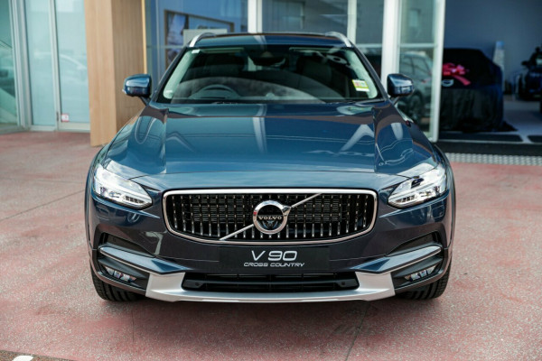2019 MY20 Volvo V90 Cross Country D5 Wagon Image 2