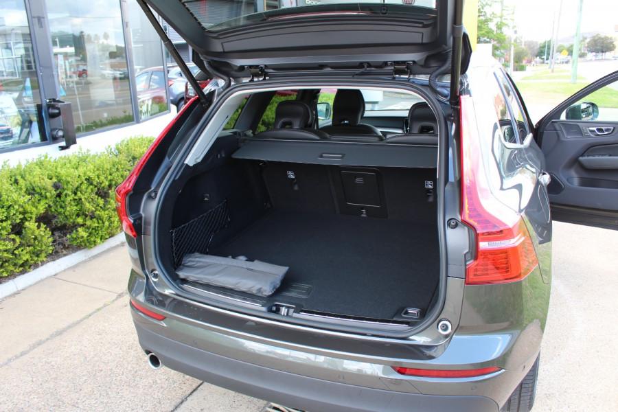 2021 Volvo XC60 UZ T5 Momentum Suv Image 9