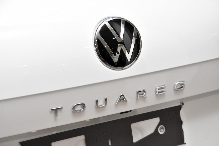 2020 MY21 Volkswagen Touareg CR 170TDI Suv Image 22