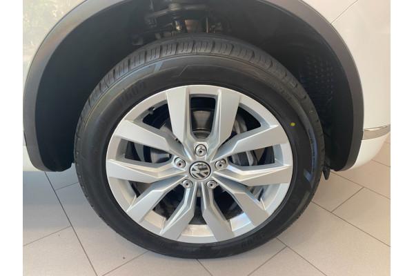 2016 MY17 Volkswagen Touareg 7P  V6 TDI Suv Image 5