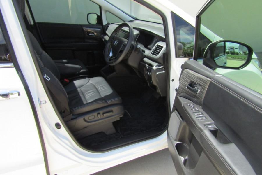 2015 MY16 Honda Odyssey 5th Gen VTi-L Wagon Image 8