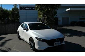2021 Mazda 3 BP G20 Evolve Hatchback Image 2