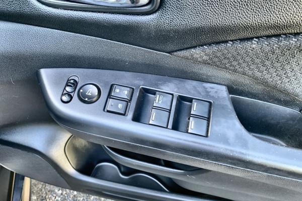 2015 Honda CR-V Vehicle Description. RM  II MY17 Ltd Edit. WAG SA 5sp 2.4i Limited Edition Suv Image 4