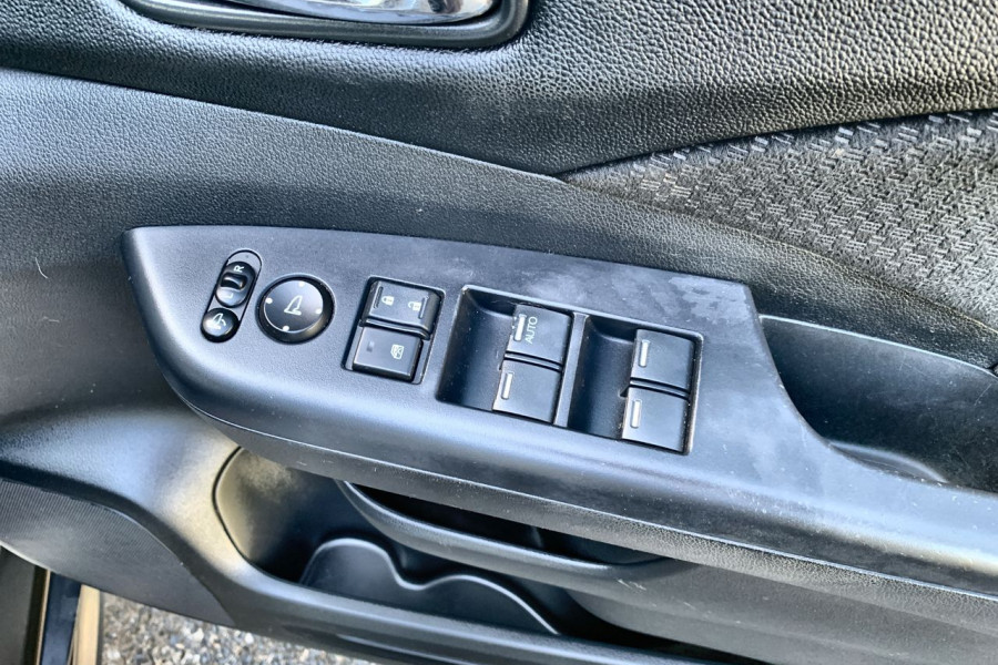2015 Honda CR-V Vehicle Description. RM  II MY17 Ltd Edit. WAG SA 5sp 2.4i Limited Edition Suv