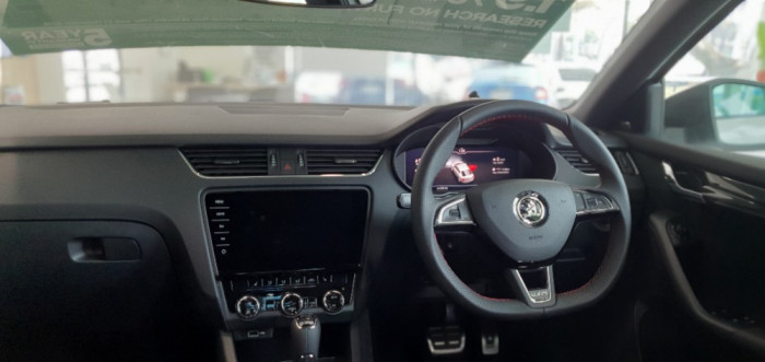 2019 Skoda Octavia NE RS Sedan Sedan Image 6