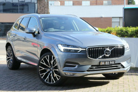 Volvo XC60 T5 Inscription (AWD) UZ