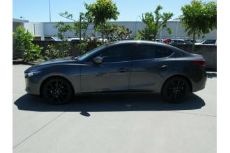 2017 Mazda 3 BN5238 SP25 SKYACTIV-Drive GT Sedan Image 4