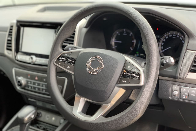 2019 SsangYong Musso Ultimate 3 of 14