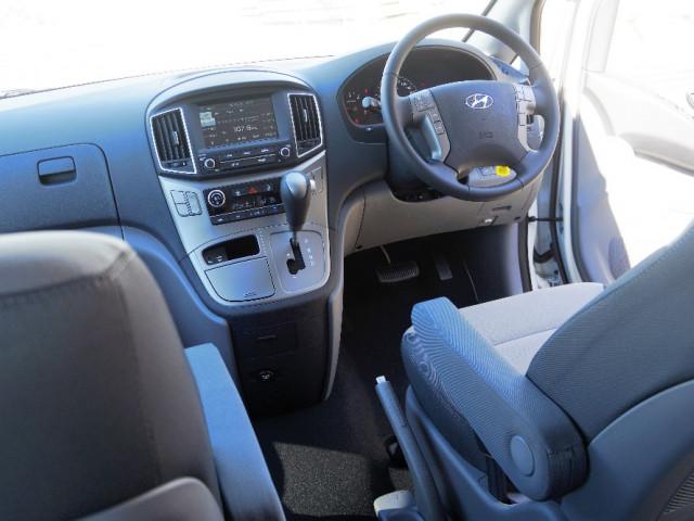 2017 MY18 Hyundai iMax TQ3-W Series II Shuttle Van