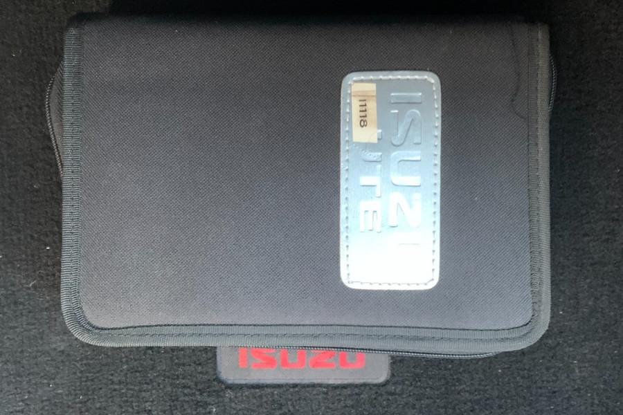 2017 Isuzu UTE D-MAX 4x4 LS-M Crew Cab Ute Dual cab Image 23