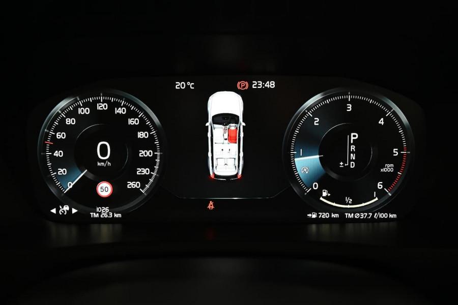 2020 MYon Volvo XC90 L Series D5 Momentum Suv Image 22