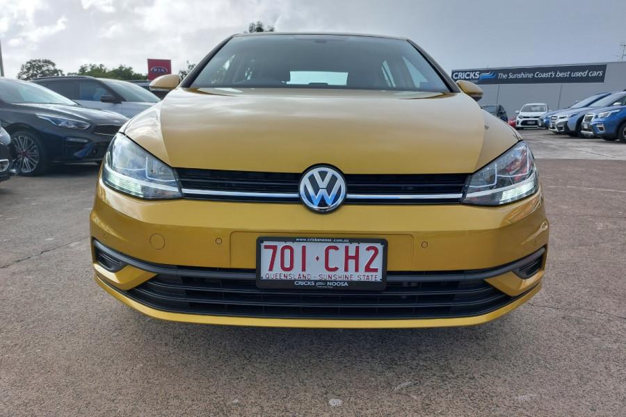 2017 Volkswagen Golf Image 2