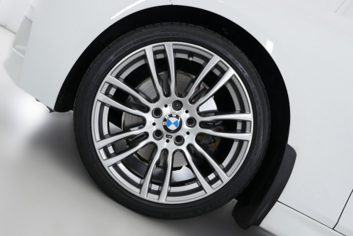 2013 BMW 3 Series F34 MY0613 328i Hatchback Image 5