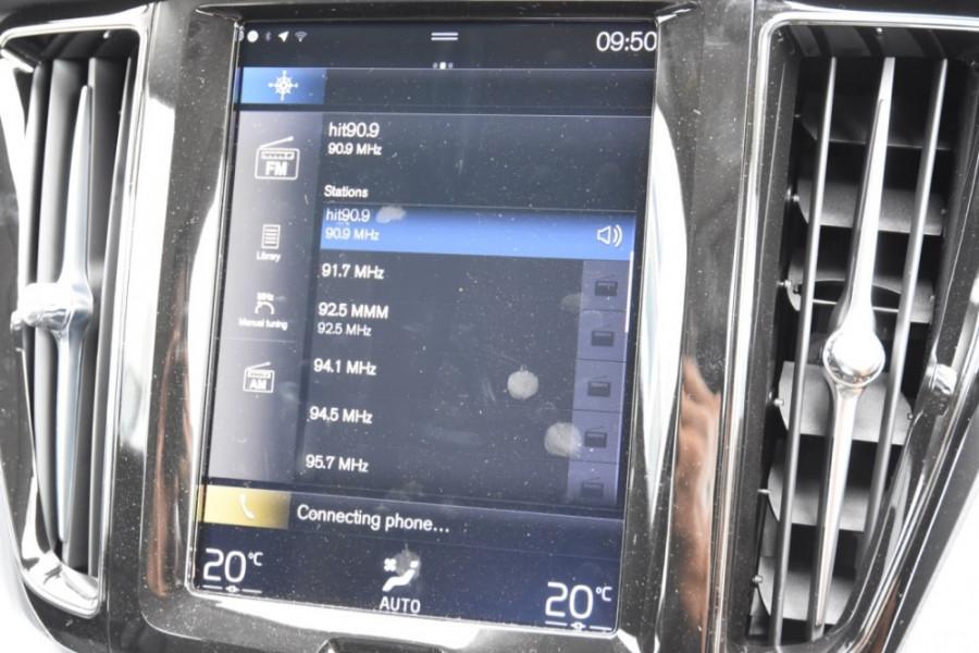 2019 MY20 Volvo XC60 UZ T5 Momentum Suv Image 15
