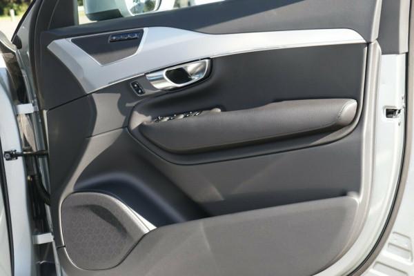2018 MY19 Volvo XC90 L Series D5 Momentum Suv Image 5