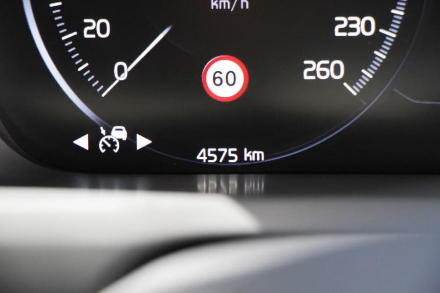 2019 MY20 Volvo XC90 L Series D5 Momentum Suv Image 15