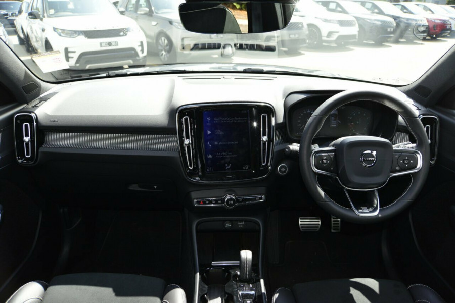 2019 Volvo XC40 XZ T5 R-Design Suv Image 6