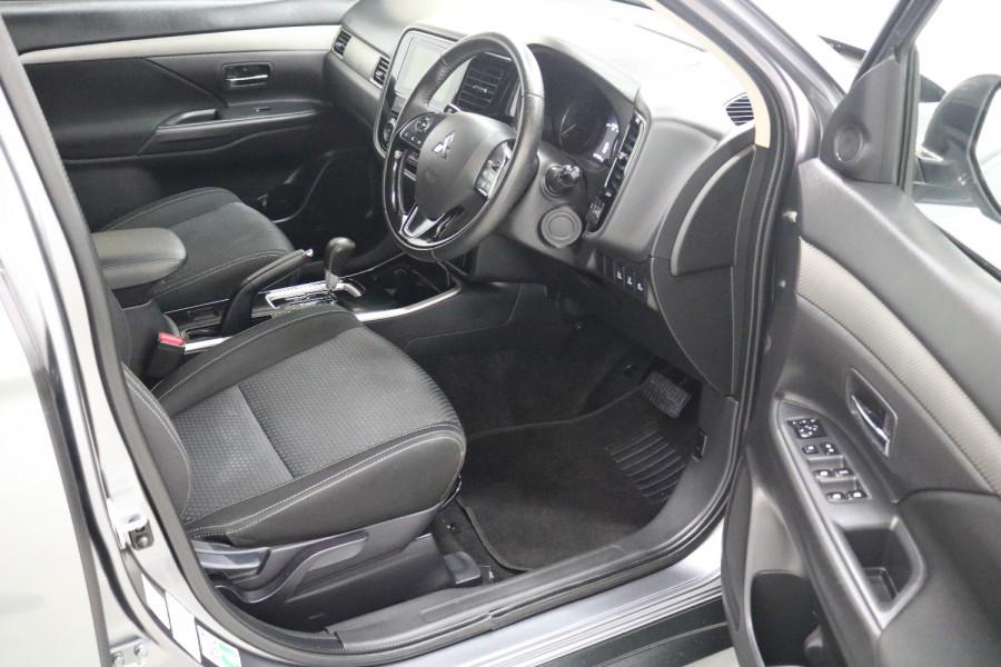 2018 MY18.5 Mitsubishi Outlander ZL MY18.5 LS Suv Image 4