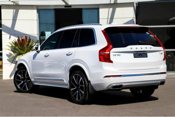 2021 MYon Volvo XC90 L Series T6 Inscription Image 4