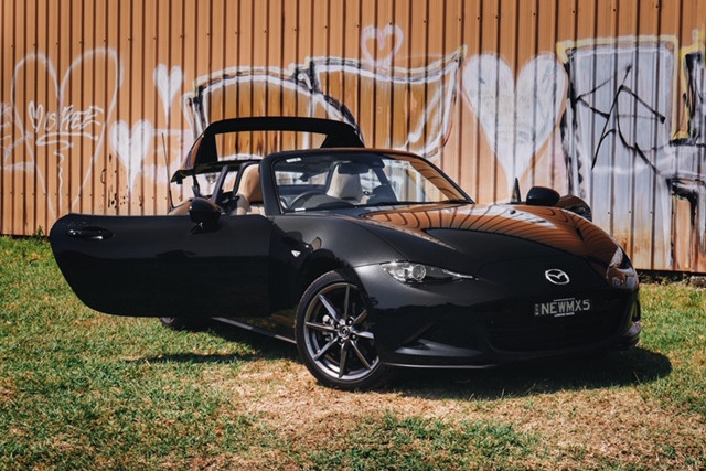 2018 MY19 Mazda MX-5 ND RF GT Convertible