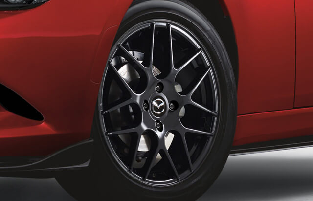 17-Inch Black Alloy Wheel