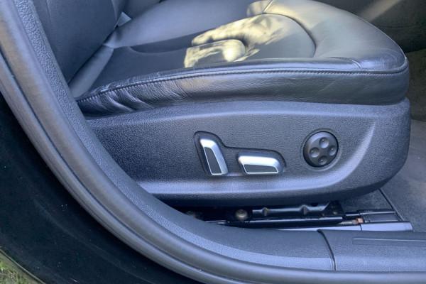 2015 Audi A4 B8 8K  S LINE PLUS Sedan Image 4
