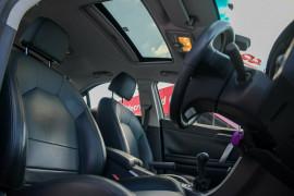 2013 MG MG6 IP2X Magnette S Sedan image 11