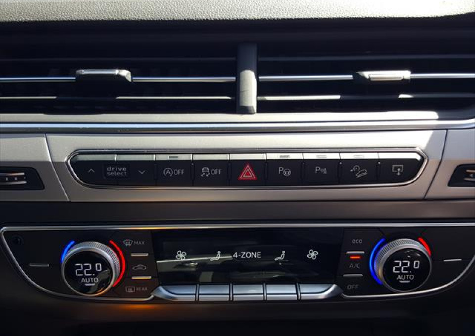 2015 MY16 Audi Q7 4M  TDI Wagon