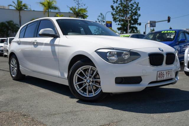 2012 BMW 1 Series F20 116i Hatchback Image 1