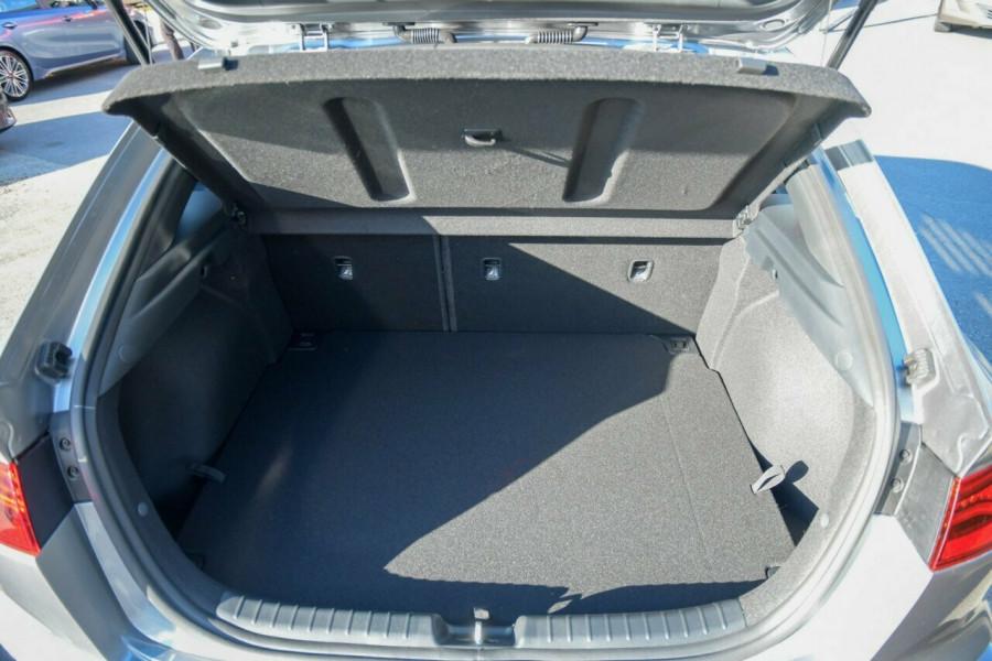 2021 MY22 Kia Cerato BD GT Hatchback Image 16