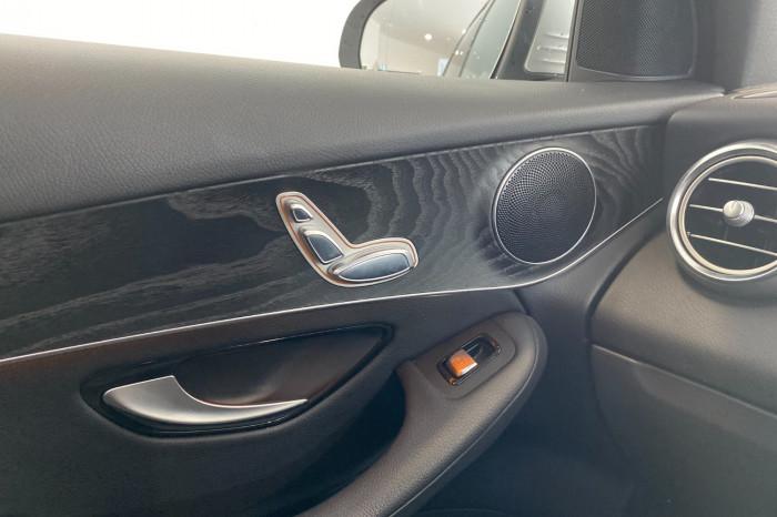 2017 Mercedes-Benz C Class X253 808MY GLC250 Wagon Image 32