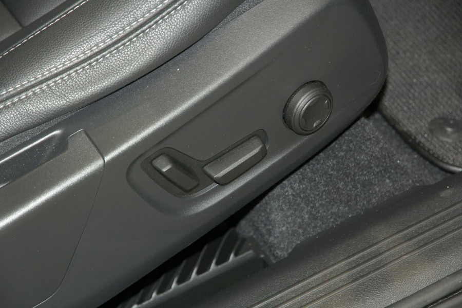 2019 MY20 Volvo XC40 XZ T4 Inscription Suv Image 11