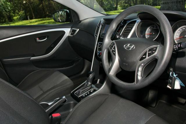 2015 MY16 Hyundai i30 GD3 Series II Active Hatchback