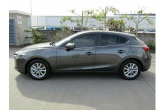 2018 Mazda 3 BN5478 Maxx SKYACTIV-Drive Sport Hatchback Image 4