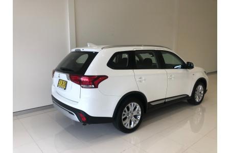 2019 Mitsubishi Outlander ZL ES Suv Image 4
