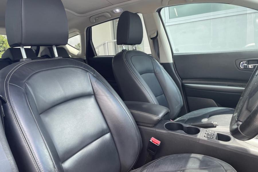 2010 MY09 Nissan DUALIS Hatchback