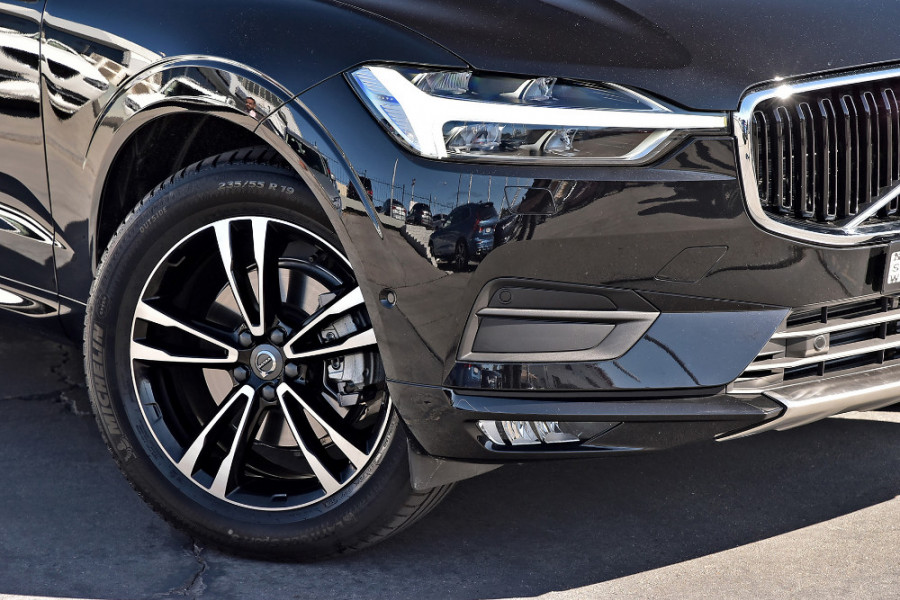 2019 Volvo XC60 UZ D4 Momentum Suv Mobile Image 5