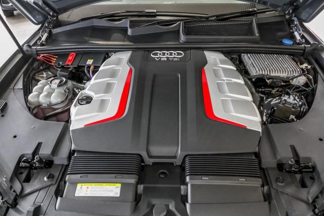 2017 Audi Sq7 4M MY17 TDI Suv Image 18