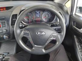 2013 Kia Cerato YD  S Sedan image 21