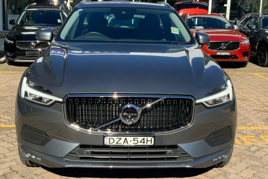 2018 MY19 Volvo XC60 246 MY19 D4 Momentum (AWD) Suv Mobile Image 2