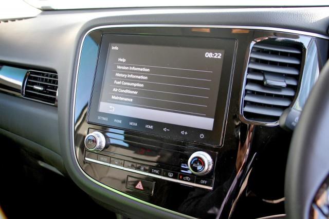 2020 Mitsubishi Outlander ZL MY20 ES Suv Image 14