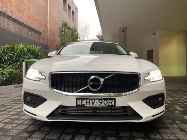 2020 Volvo S60 Z Series T5 Momentum Sedan