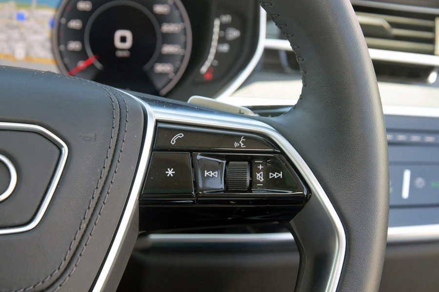 2018 Audi A8 4N MY18 50 TDI Sedan Image 19
